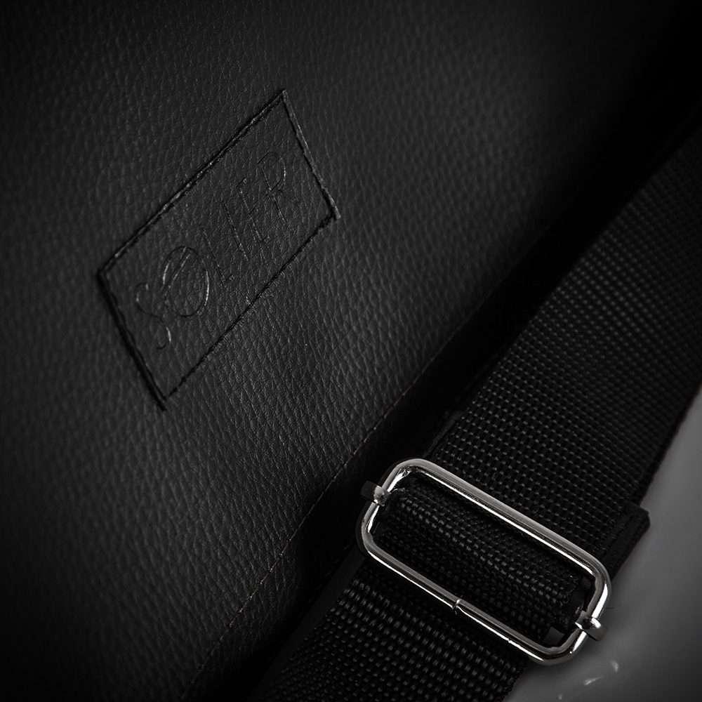 Klasická a moderní taška na rameno S11 black (černá)