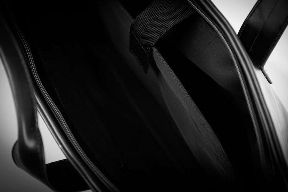 Solier pánská taška přes rameno S05 black (černá)